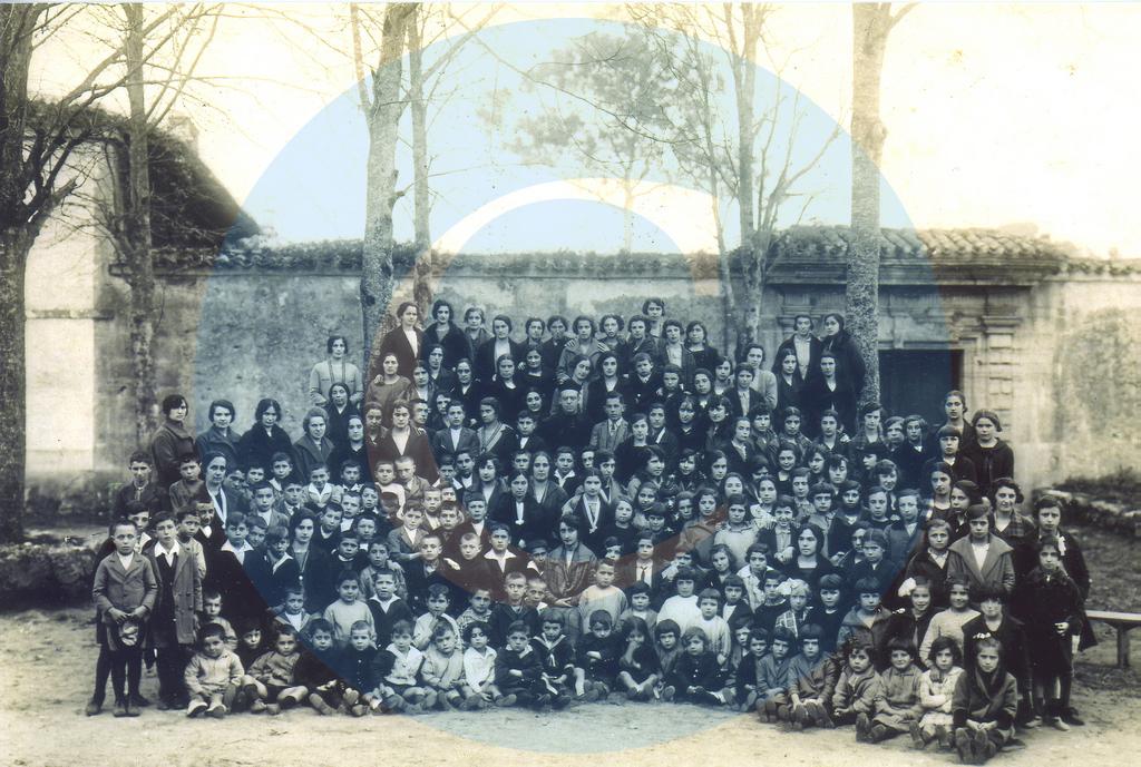 Foto del catecismo de 1924 en Celorio - Celoriu.com