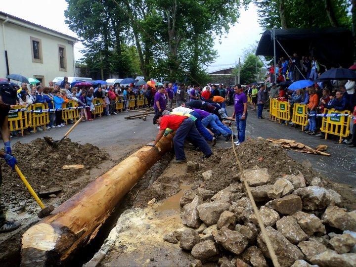 La Hoguera de 2011 en Celorio (Llanes) - Celoriu.com