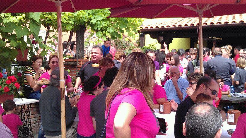 """La espicha en el Restaurante """"El Arco"""" registró una vez más lleno absoluto - Celoriu.com"""