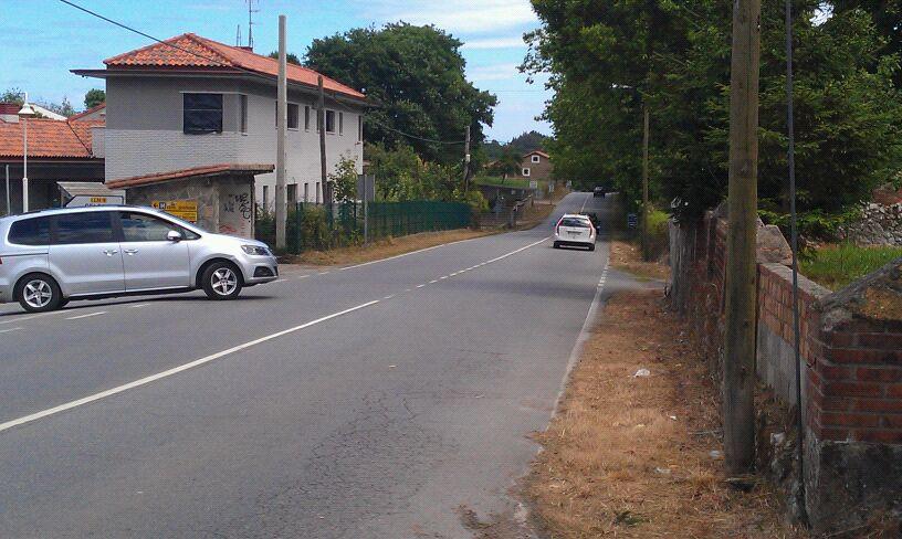 Las cunetas de todo el tramo de la AS-263 ha sido limpiado tras las gestiones de la Junta Vecinal de Celorio - Celoriu.com