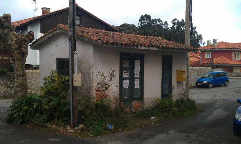 El local donde se ubicaba la estafeta de Correos de Celorio hasta el pasado enero - Celoriu.com
