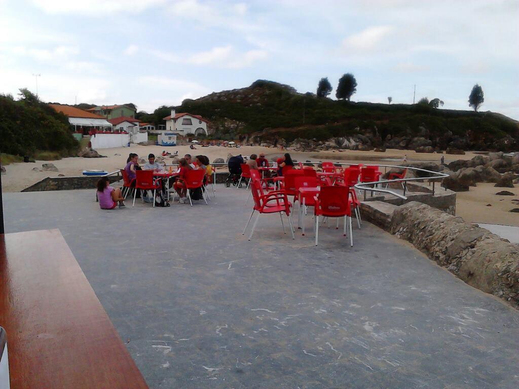 El chiringuito de Palombina, este pasado fin de semana en Celorio - Celoriu.com