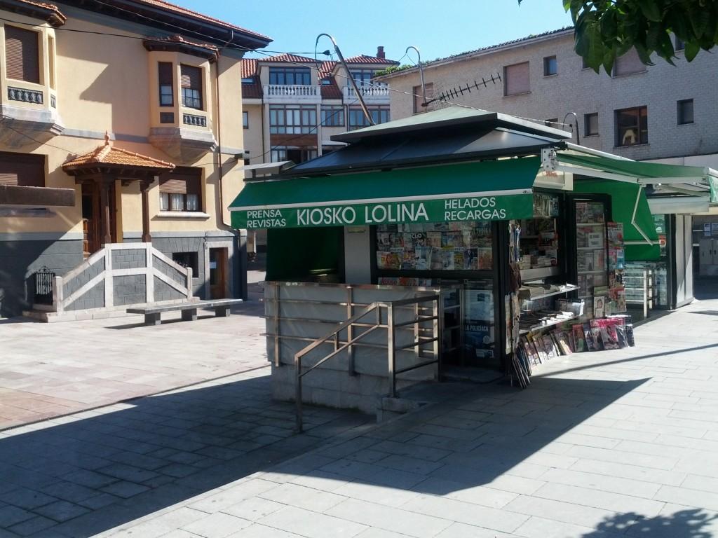 El Kiosko de Lolina en la plaza de las barqueras de Llanes hoy lunes - Celoriu.com