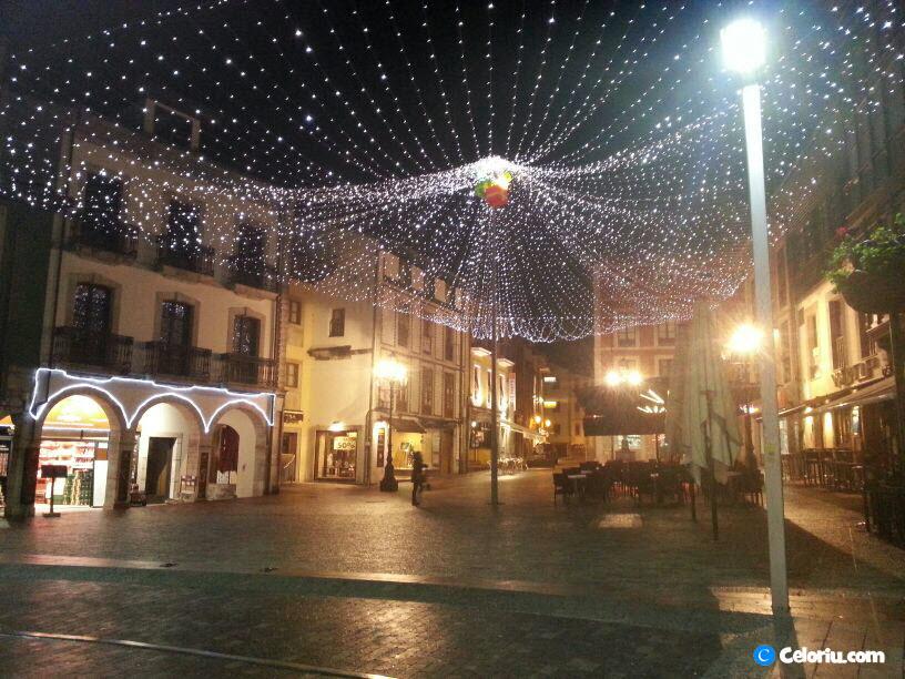 Llanes Navidad 2012 Alumbrado Plaza Parres Sobrino