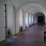 Claustro del Monasterio de San Salvador de Celorio - Celoriu.com