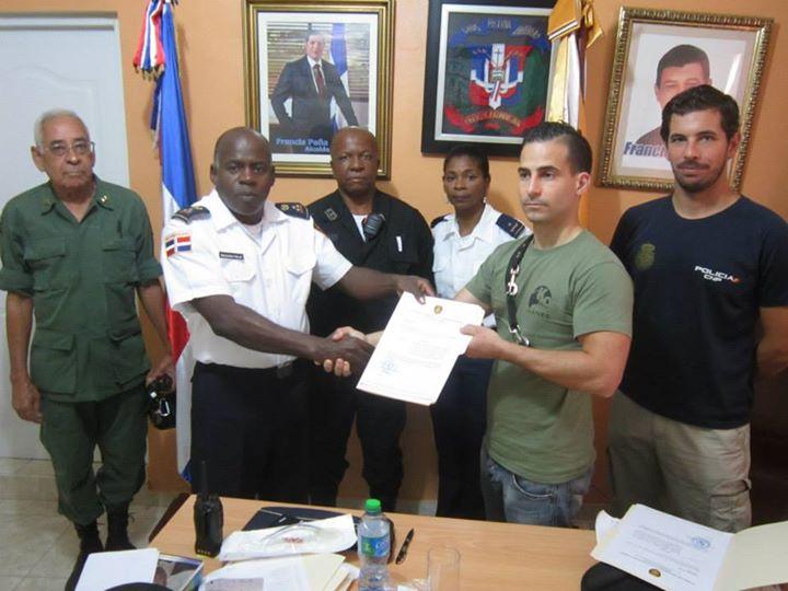 Pachu Puchal, recibe el nombramiento honorífico en Santo Domingo - Celoriu.com